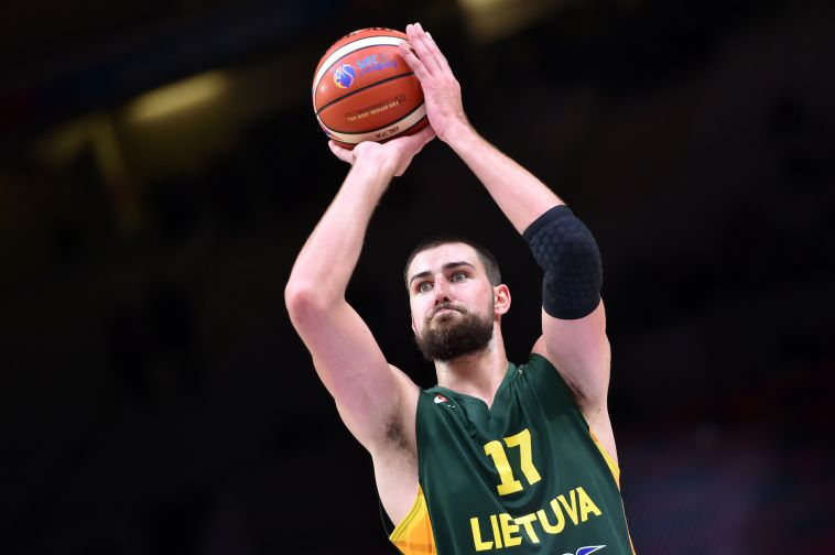 85:95 לליטא בהארכה מול איטליה