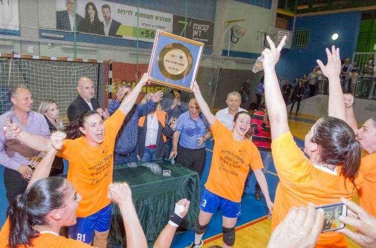 יש דאבליסטית: בנות הרצליה זכו באליפות