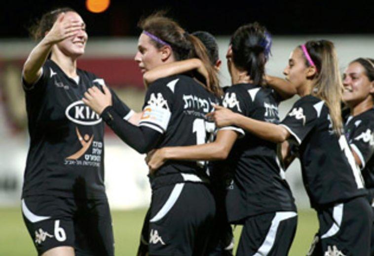 """אס""""א תל אביב זכתה בגביע המדינה לנשים"""