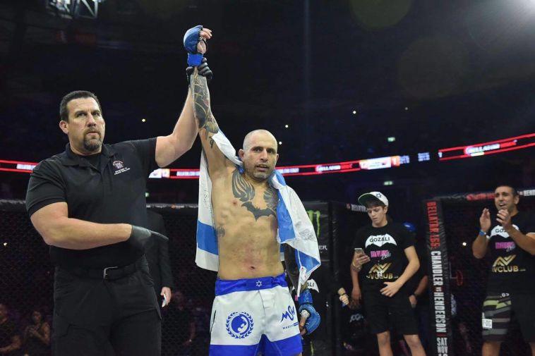 עוף גוזלי: לוחם ה-MMA הישראלי ששבר את תקרת הזכוכית