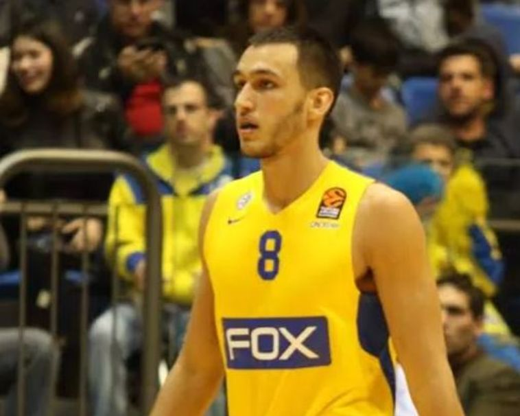 חוזר לצהוב: נמרוד לוי חתם לשנתיים במכבי תל אביב