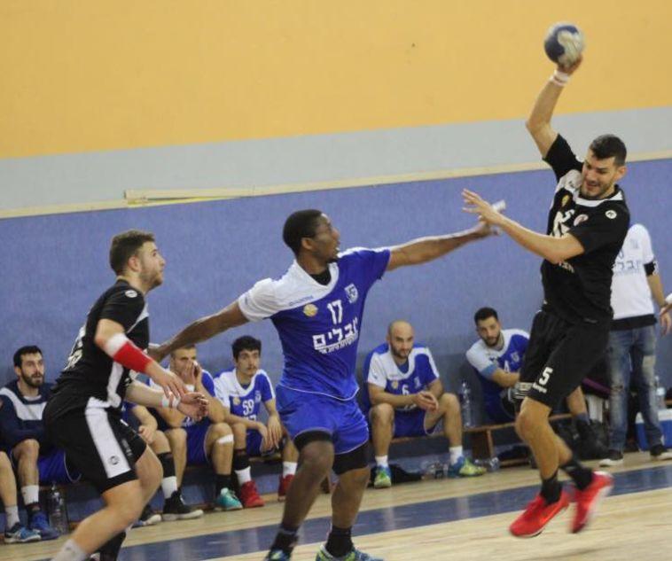 כדוריד: חולון ניצחה 25:30 את אשדוד במשחק השלמה