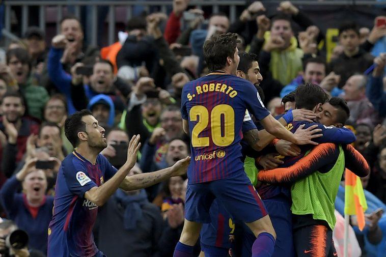 שחקני ברצלונה חוגגים