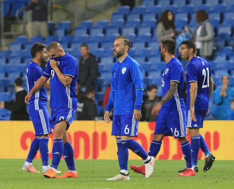 מסתמן: שחקני נבחרת ישראל מעדיפים מאמן ישראלי על פני זר