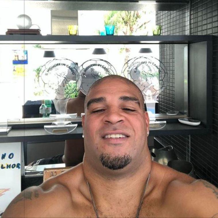 אדריאנו אושפז בבית חולים בברזיל עם זיהום בגופו