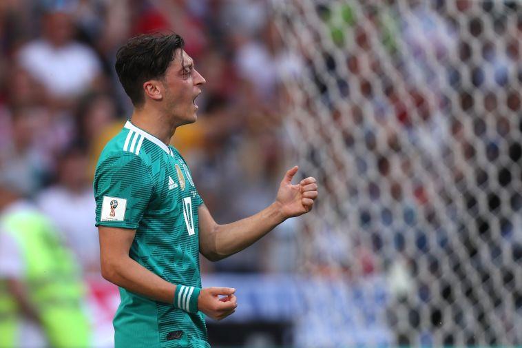 גרמניה נגד אוזיל: הוא מדבר שטויות ומחפש להיות הקורבן