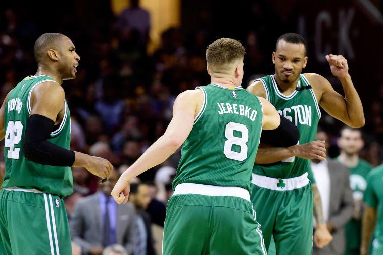 שחקני בוסטון חוגגים (AFP)