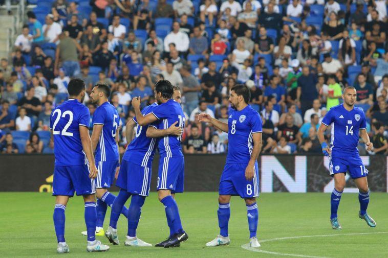 שחקני נבחרת ישראל. נראו רע מול מולדובה (ערן לוף)