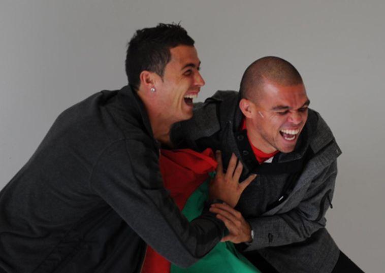 רונאלדו ופפה. צוחקים על כל העולם? (AFP)