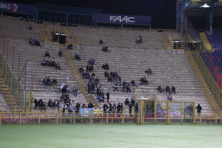 היציע הריק של אוהדי לאציו לפני המשחק (AFP)
