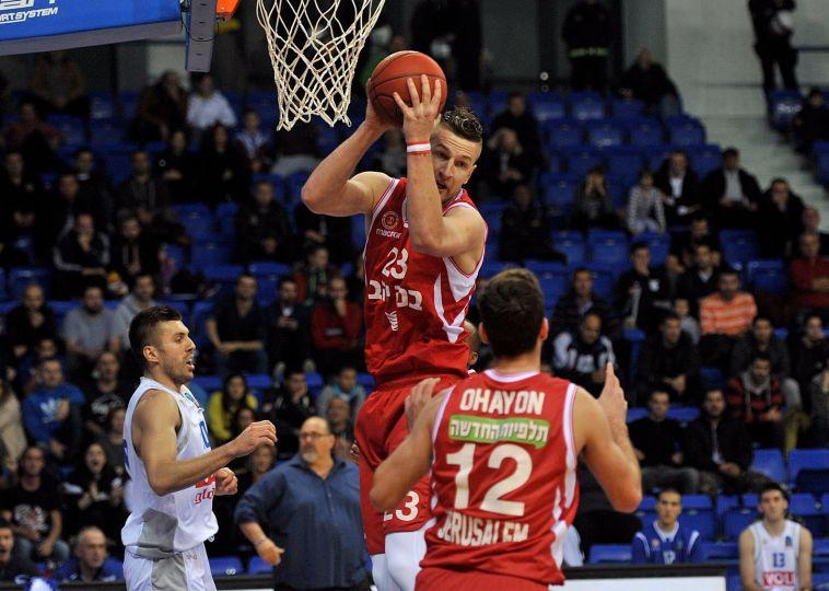 """אלן אומיץ'. רוצה למחוק את התבוסה למכבי ת""""א (KK Budućnost)"""