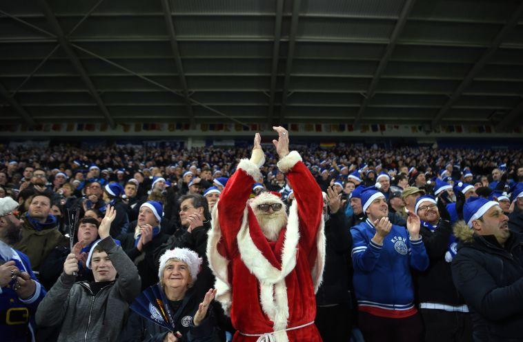 סנטה קלאוס גם הגיע לקינג פאוור (gettyimages)