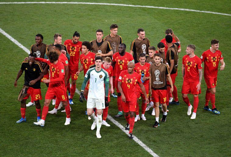 שחקני נבחרת בלגיה חוגגים. פשוט לא להאמין למה שקרה כאן (Gettyimages)