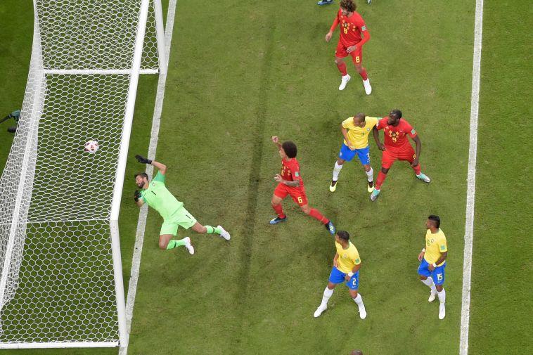 השער הראשון של בלגיה מול ברזיל ברשת (AFP)