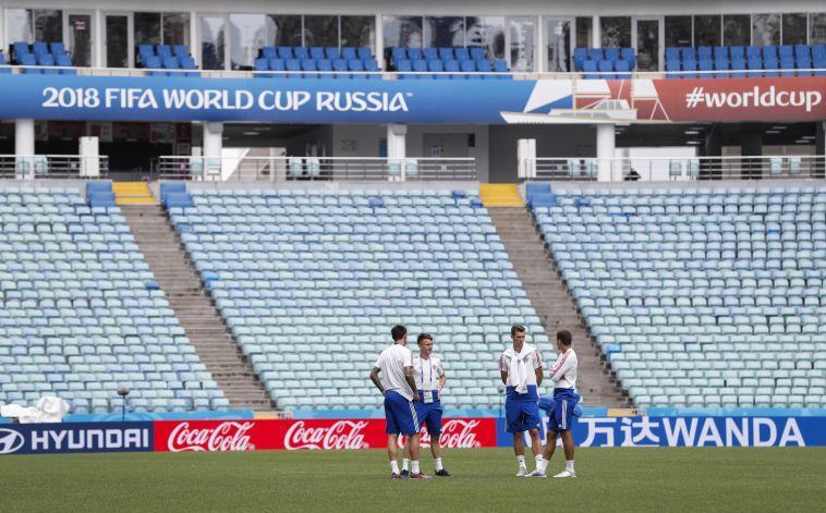 נבחרת רוסיה במגרש בסוצ'י (AFP)