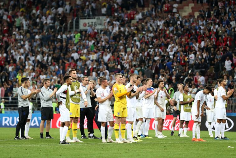 שחקני אנגליה ממודים לקהל. הכדורגל לא חוזר הביתה (Gettyimages)