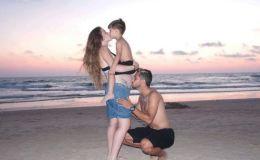 אלמוג בוזגלו עם אשתו