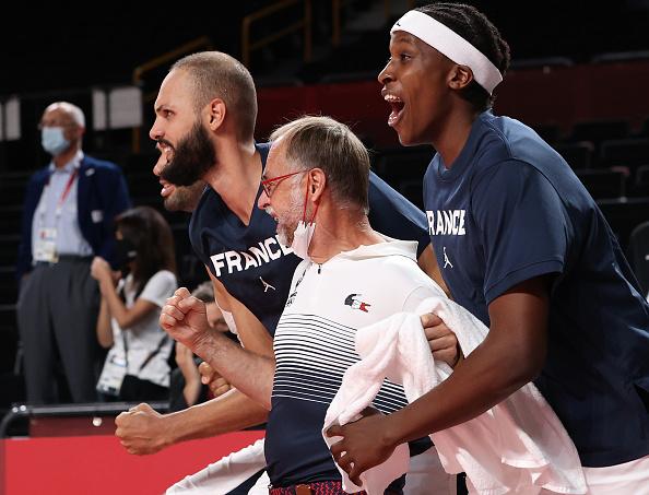הצרפתים חוגגים עלייה שלישית לגמר האולימפי