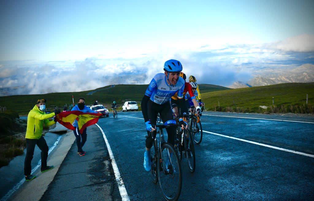 דן מרטין רוכב אופניים אירי קבוצת סטארט-אפ ניישן