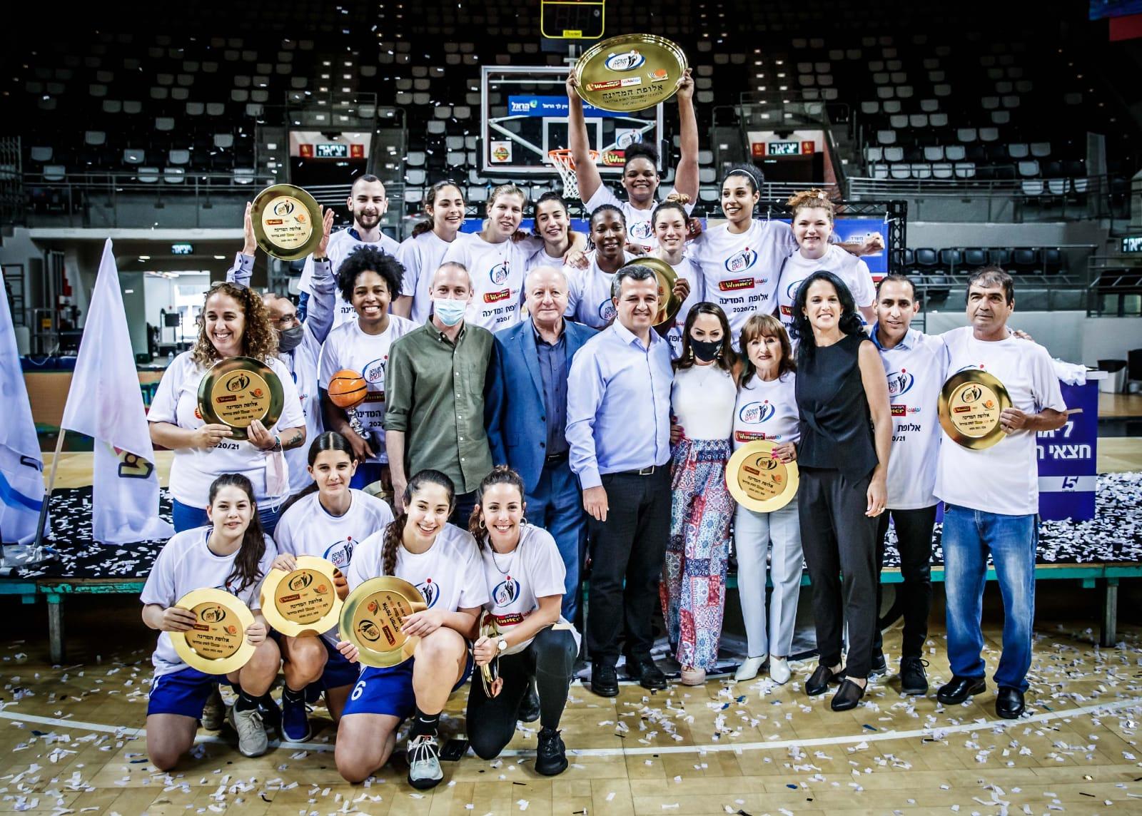 שחקניות מכבי רמת גן בכדורסל