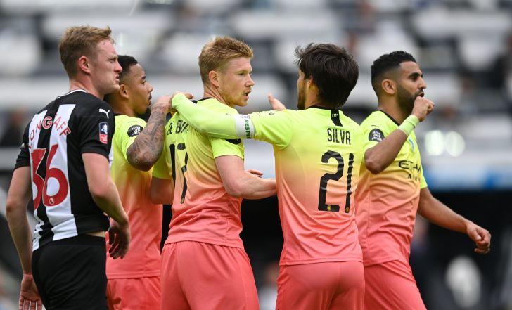 מנצ'סטר סיטי ניצחה 0:2 את ניוקאסל ועלתה לחצי גמר הגביע