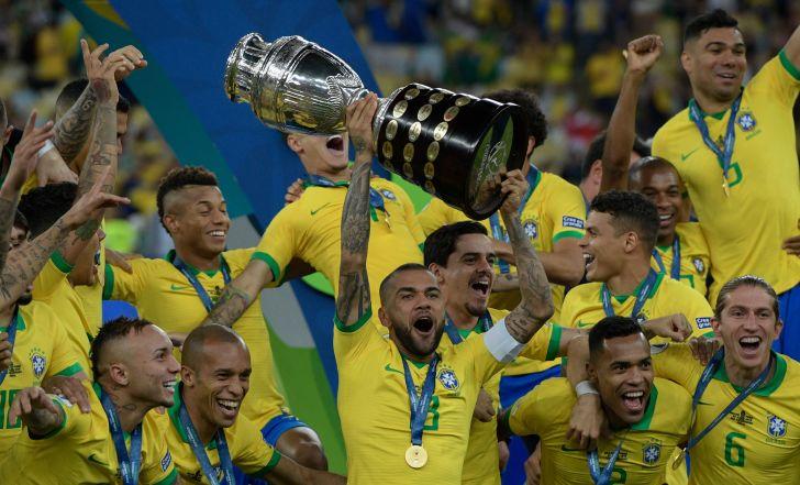 צפו בתקציר: ז'סוס בישל, כבש והורחק, ברזיל זכתה בקופה עם 1:3 על פרו