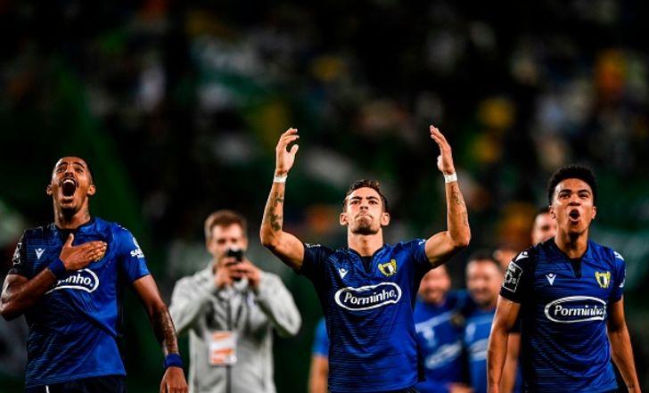 צפו בתקציר: ספורטינג ליסבון נוצחה 2:1 בבית על ידי קבוצתו של עידן עופר, שמוליכה את הטבלה