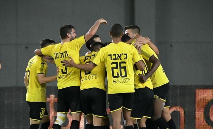 צפו בתקציר: ניצחון שלישי ברציפות למכבי נתניה, לאחר 0:1 על קריית שמונה