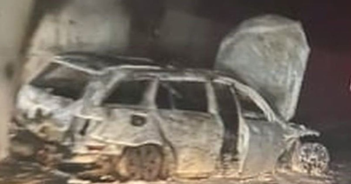 The game exploded, hooligans attacked the referees and set fire to their vehicle
