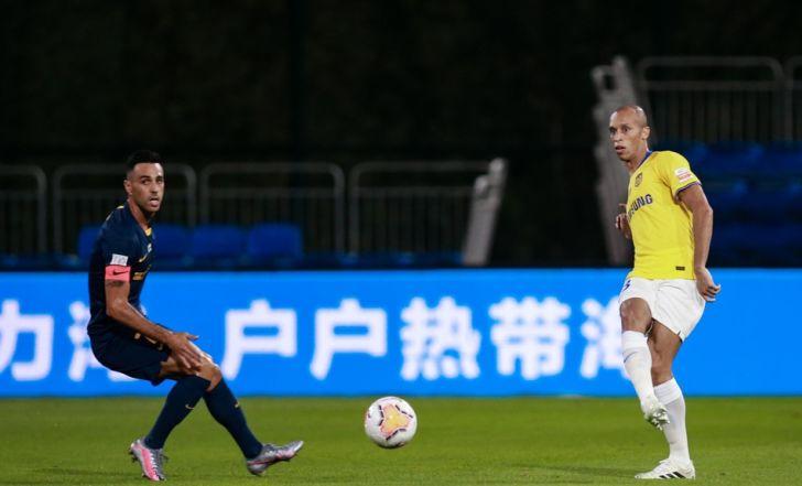 זהבי החמיץ פנדל, סבע חזר לשחק וגוואנגז'ו ר.פ הפסידה 2:0 לג'יאנגסו סונינג