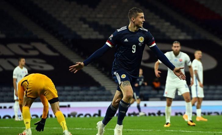 סקוטלנד עלתה לראש הבית הישראלי אחרי 0:1 על סלובקיה