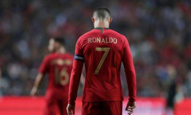 צפו בתקציר: הופעה 150 לרונאלדו ב-0:3 של פורטוגל על אלג'יריה