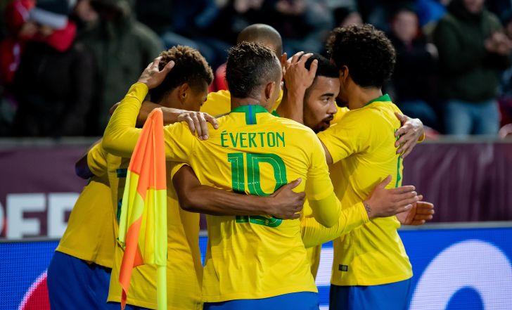 צפו בתקציר: ברזיל חזרה מפיגור וניצחה 1:3 את צ'כיה