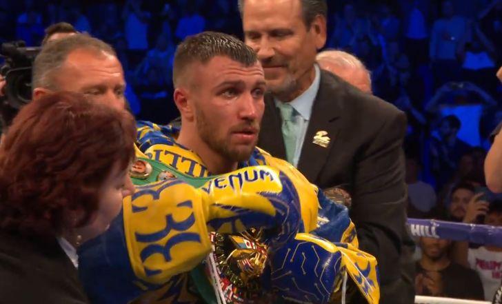 צפו בקרב: ואסילי לומצ'נקו ניצח את לוק קמפבל בסיבוב ה-12