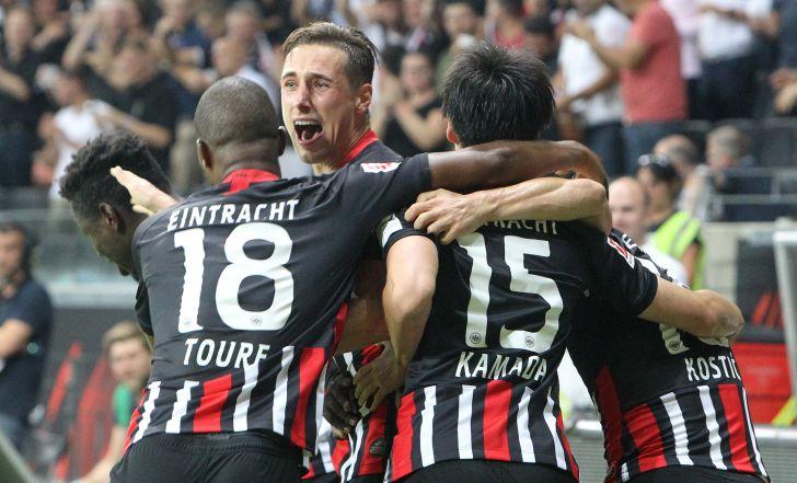 צפו בתקציר: פרנקפורט הפכה פיגור לניצחון 1:2 מול דיסלדורף