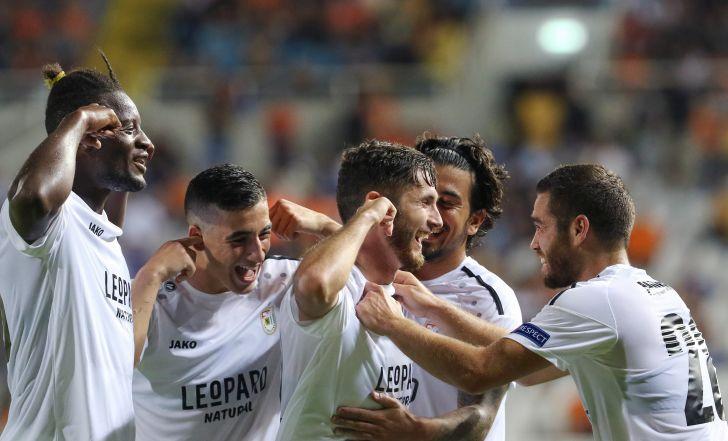 צפו: אפואל ניקוסיה הפסידה 4:3 נגד דודלאנז' במשחק משוגע