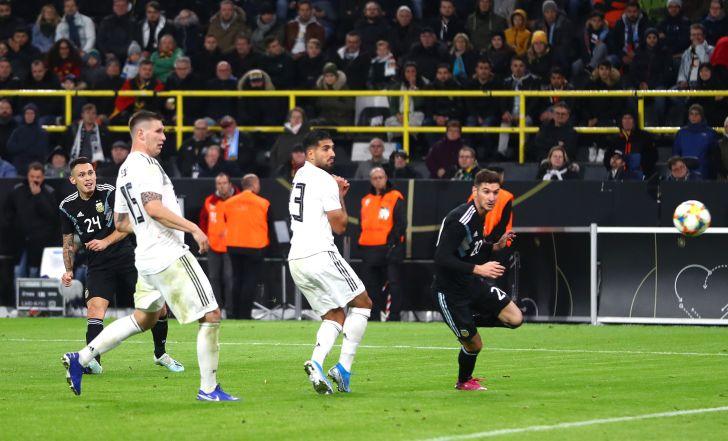 צפו בתקציר: שער מאוחר של אוקמפוס קבע 2:2 בין ארגנטינה לגרמניה