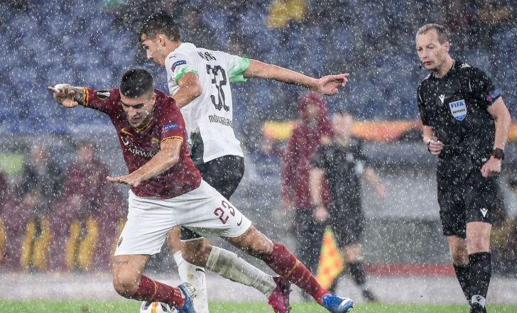 צפו בתקציר: בגשם שוטף, רומא ומנשנגלדבאך נפרדו ב-1:1