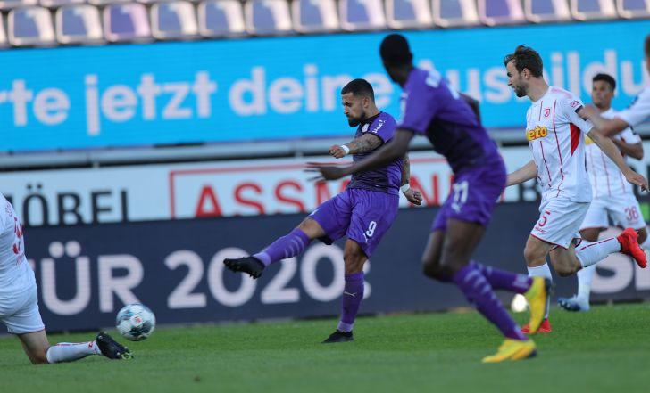 צפו: אוסנבריק החמיצה פנדל, אך חזרה מ-2:0 ל-2:2 מול רגנסבורג