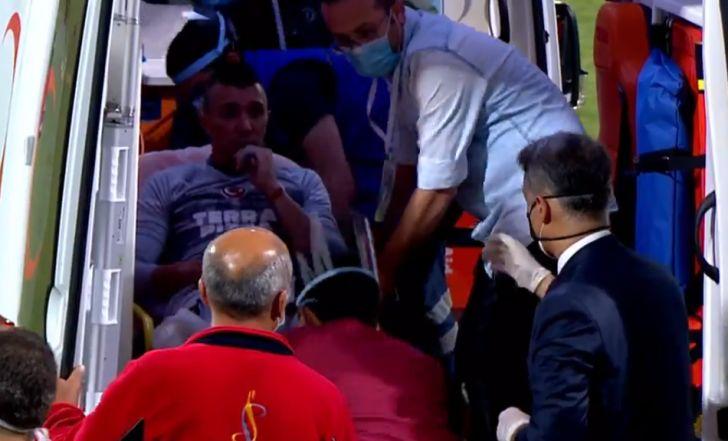 צפו בפציעה הקשה של שוער גלאטסראיי שפונה באמבולנס