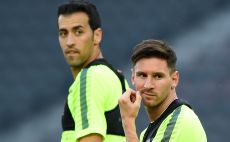 יהיו שניים משלושת המרוויחים הגבוהים בברצלונה? בוסקטס ומסי צילום(צילום: GettyImages)