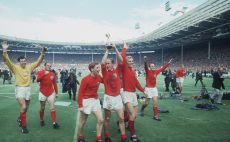 אנגליה חוגגת עם גביע העולם ב-1966 צילום(Gettyimages)