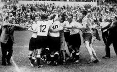 גרמניה חוגגת ב-1954 צילום(Gettyimages)