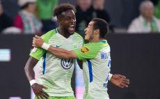 שחקני וולפסבורג חוגגים צילום(AFP)