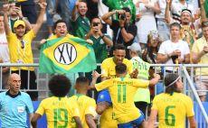 שחקני נבחרת ברזיל חוגגים צילום(AFP)