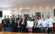 נבחרת העתודה, ראש הממשלה צילום(עודד קרני, איגוד הכדורסל)