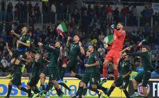 שחקני נבחרת איטליה חוגגים צילום( Marco Rosi/Getty Images)