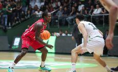 ג'ייקובן בראון צילום(FIBA)