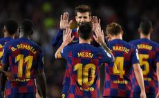 שחקני ברצלונה חוגגים צילום(JOSEP LAGO/AFP via Getty Images)