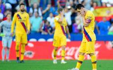 שחקני ברצלונה מאוכזבים צילום(JOSE JORDAN/AFP via Getty Images)